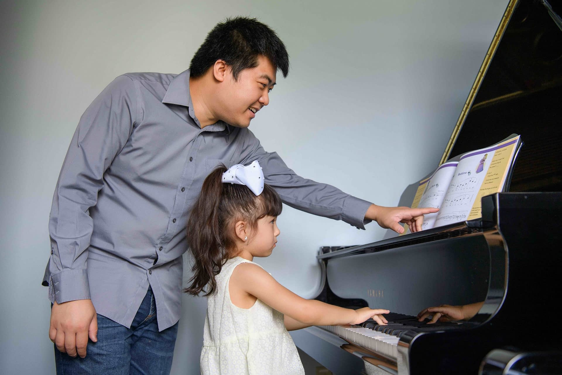 Preschool piano lesson